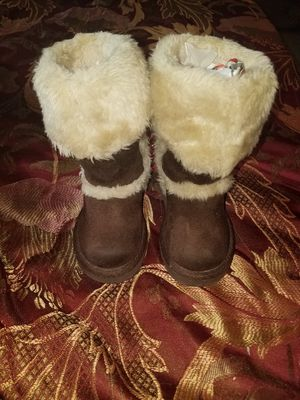 Girls Boots size 6 for Sale in Pocono Lake, PA