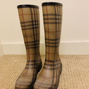 Burberry Rain Boots for Sale in Portland, OR