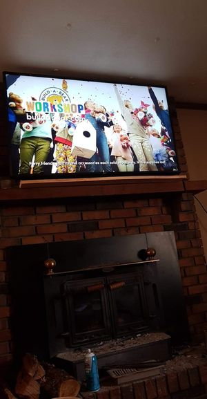 55 inch smart tv for Sale in Saint Clair, MO
