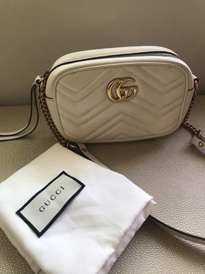Gucci GG Marmont Matelasse minibag - Authentic for Sale in Los Angeles, CA