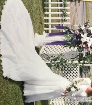 Mori Lee Wedding gown Size 12 for Sale in Seattle, WA