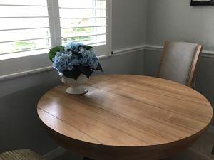 Kitchen table for Sale in Estero, FL