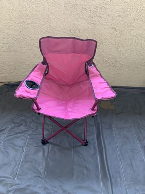 Like New Kids Pink/Burgundy Beach or Camp Folding Chair With Cup Holder for Sale in Oceanside, CA