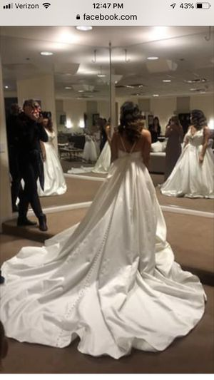 Beautiful wedding dress for Sale in North Las Vegas, NV