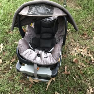 Chicco car seat for Sale in West Monroe, LA