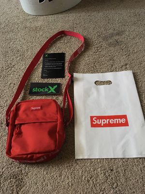 Supreme Fanny Pack Shoulder Bag SS18 Red *Used* for Sale in Virginia Beach, VA