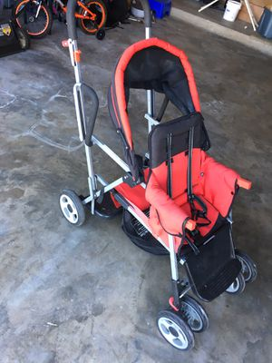 Joovy Caboose Tandem Stand up double stroller for Sale in Celebration, FL