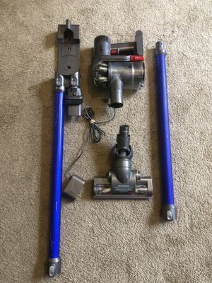 Dyson dc44 animal cordless vacuum for Sale in Lynnwood, WA