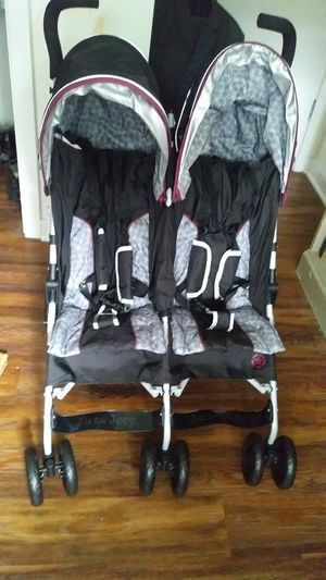 J is for Jeep Scout Double Stroller barely used for Sale in Germantown, MD