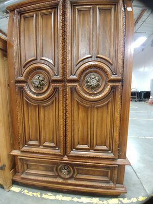 Broyhill dresser for Sale in Beaverton, OR
