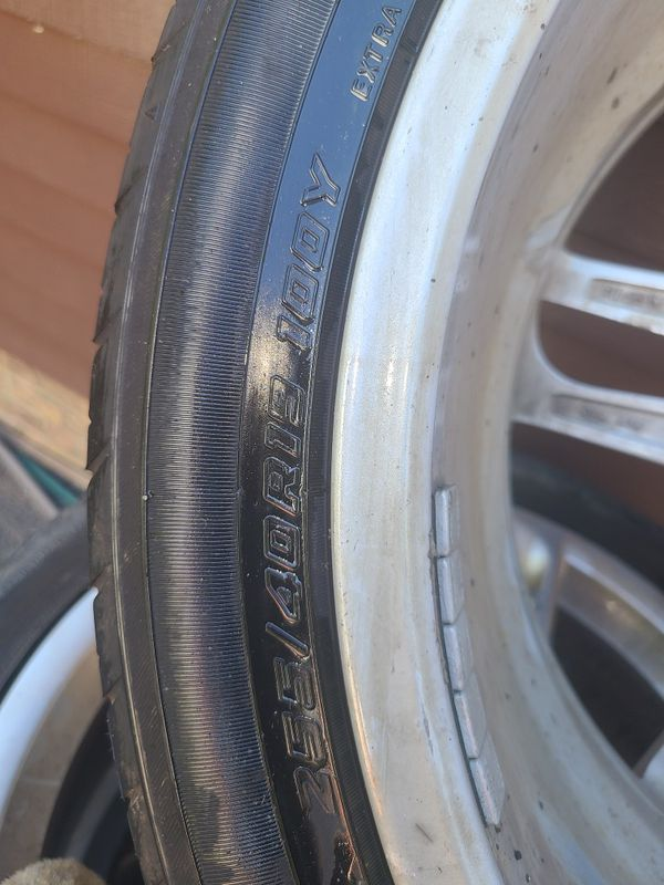 Audi 19 inch wheels with tires