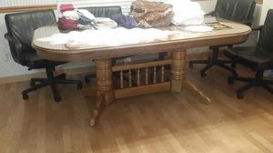 Kitchen table for Sale in Kingsburg, CA