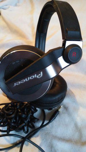 PIONEER HDJ500 FULLY ENCLODED DYNAMIC DJ HEADPHONES BLACK JAPAN for Sale in Escondido, CA