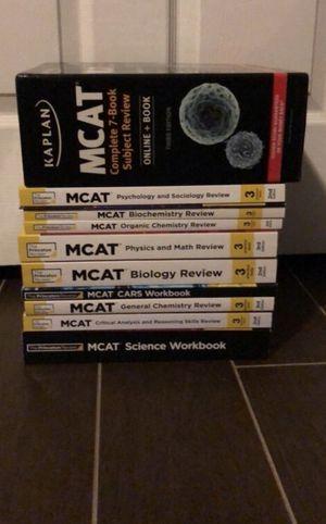 16 MCAT prep books Kaplan Princeton Review for Sale in Orlando, FL