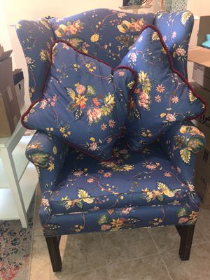 Vintage Queen Anne Wingback Chair Blue Floral for Sale in Philadelphia, PA