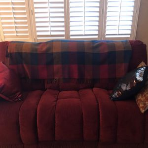 Lazy boy Couch for Sale in Modesto, CA