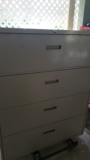 File cabinet with key for Sale in PA, US