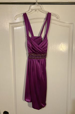 Small purple formal dress with crisscross back for Sale in Schertz, TX