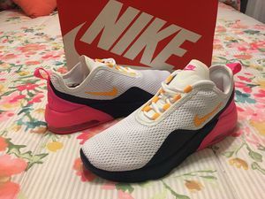 New Authentic women's Nike Air Max Size 8.5 ❤❤❤ for Sale in Bellflower, CA