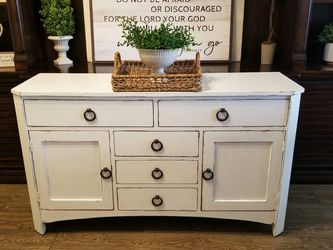 GORGEOUS White Hutch Buffet or Dresser with Classy Original Handles for Sale in Meridian,  ID