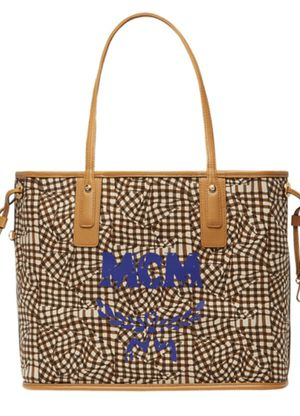 Mcm tote purse 100 Auth for Sale in Roseville, CA