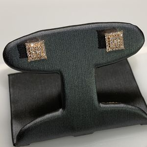 10k and 14k Gold men's and Ladies real genuine diamond earrings rose gold white gold for Sale in Chandler, AZ