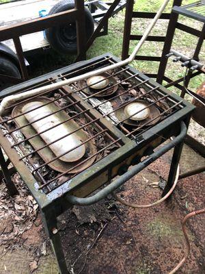 Propane 3 burner stove for Sale in Shepherd, TX