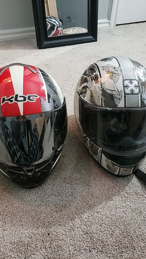 Motorcycle helmets / scratches on them for Sale in Mansfield, TX