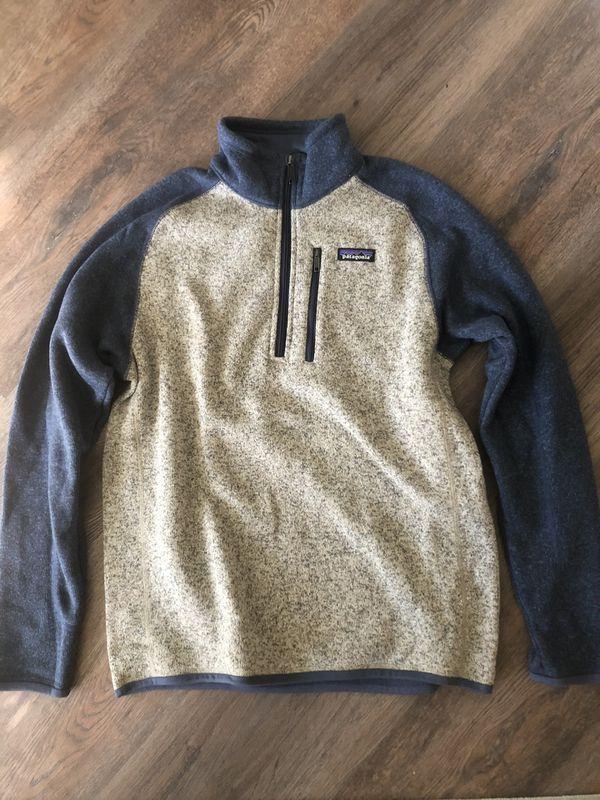 Patagonia Men's 1/4 Zip Pullover- Size M