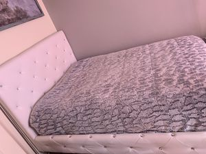 Full size bed for Sale in Pasco, WA