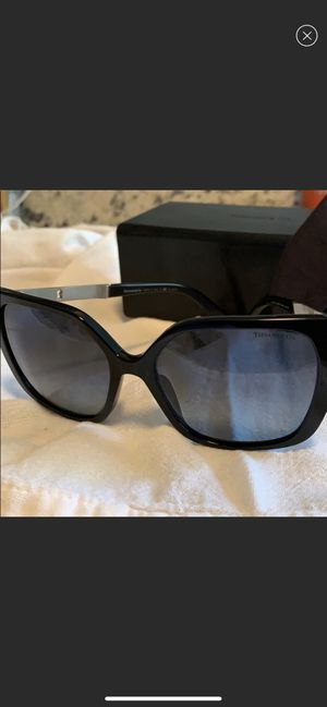 Tiffany & Co. Black Cat Eye Polarized Sunglasses for Sale in Nashville, TN