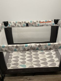Baby Trend Playpen With All Attachments for Sale in Hacienda Heights,  CA