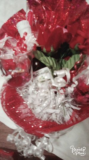 Ice bucket.. sparkling cider.. roses .. candy for Sale in Pueblo, CO