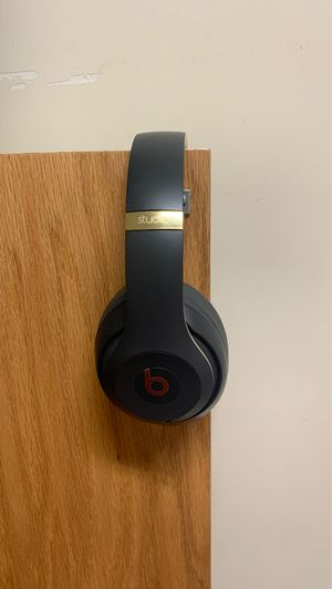 Beats by Dr. Dre for Sale in Petersburg, VA