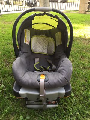 Infant car seat for Sale in Paramount, CA