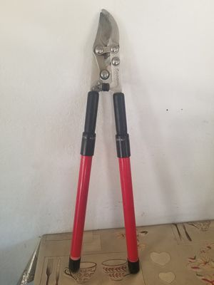 Corona pruning shears with adjustable handle for Sale in Lindsay, CA