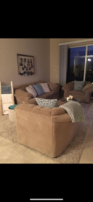 Moving Sale - Everything Must Go for Sale in West Palm Beach, FL