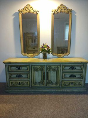 Vintage Bedroom 5 piece set for Sale in North Versailles, PA