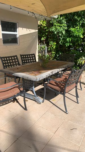 Outdoor patio dining set with 6 chairs and cushions for Sale in South Miami, FL