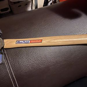 Snap-On tools blue point tools 16oz ball peen hickory handle hammer for Sale in Lynwood, CA
