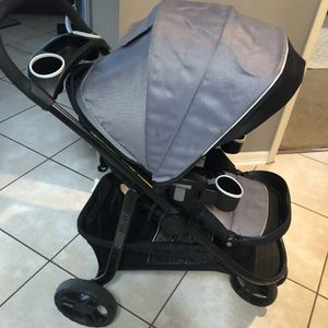 Graco Stroller System With Extra Car Seat Base for Sale in Tarpon Springs, FL
