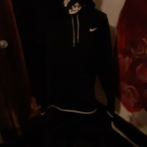 Black Nike Hoodie for Sale in Pekin, IL