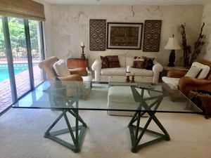 "Dining room table, 3/4"" glass, 42 X 84 modern, beautifully made, high end. for Sale in Naples, FL"