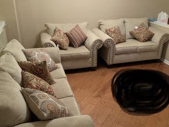 Three Piece Artisan Couches (Sofa, Loveseat, Oversized Chair With Pillows) for Sale in Northville,  MI