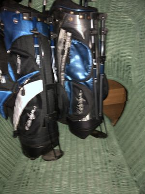 Kids golf bags and clubs for Sale in King, NC