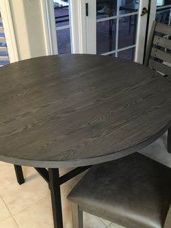 NEW!! SOLID WOOD ROUND DINING SET! for Sale in San Diego, CA
