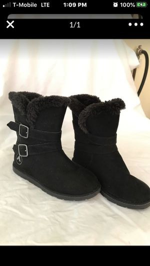 Girls boots size 13 for Sale in Gardena, CA