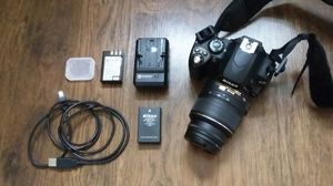 Nikon D40 DSLR camera with accessories for Sale in Philadelphia, PA