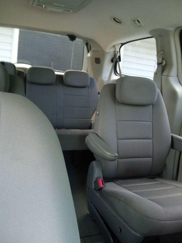 2009 Dodge caravan sxt 3.8