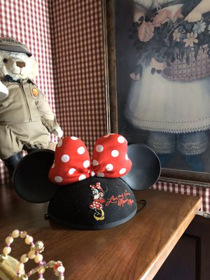 Disney Minnie Mouse Hat for Sale in Suffolk, VA